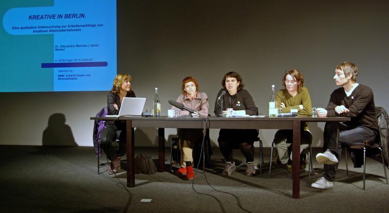 vlnr.: Alexandra Manske, Manuela Zechner, Valie Djordjevic, Veronika Mirschel, Marc Röbbecke