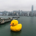 hongkong-giant-rubberduck_cc-by-sa_flickr_iqremix