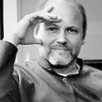 Wolfgang Ullrich studierte Philosophie, Kunstgeschichte, Logik/Wissenschaftstheorie und Germanistik. Von 2006 bis 2015 war er Professor für Kunstwissenschaft und Medientheorie in Karlsruhe. Seither ist er freiberuflicher Autor, Kulturwissenschaftler und Berater. Foto: Annekathrin Kohout
