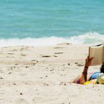lectura-playa-cc-by-josue-goge