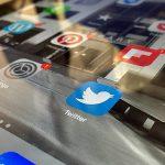 tablet-social-media